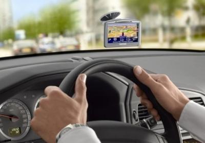как выбрать автонавигатор 2013
