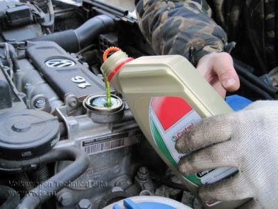 какое моторное масло лучше для поло седан 2011г