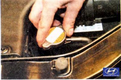 замена охлаждающей жидкости на хендай солярис