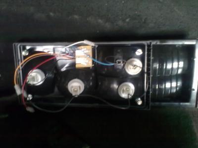 как проверить контролькой задний фонари